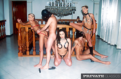 Fetish orgy sex with vintage..