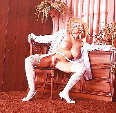 Big boobed vintage babe candy samples fucks - part 4329