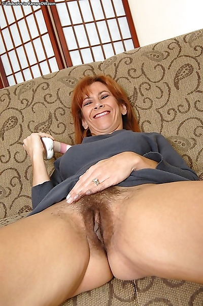 Mature brunette mikela kennedy toying her hairy pussy - part 2509