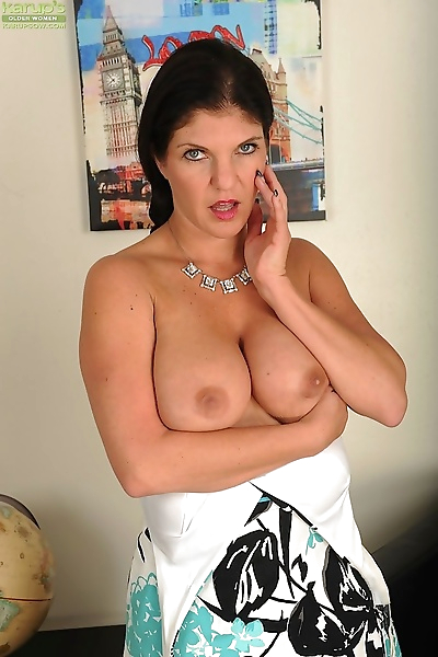 Sexy big breasted cougar coralyn jewel strips naked - part 42